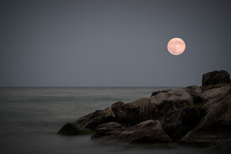 Super moon over Bluffers Park, Toronto